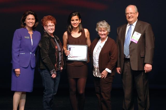 2015-Antelope Valley College - Scholarship-recipient